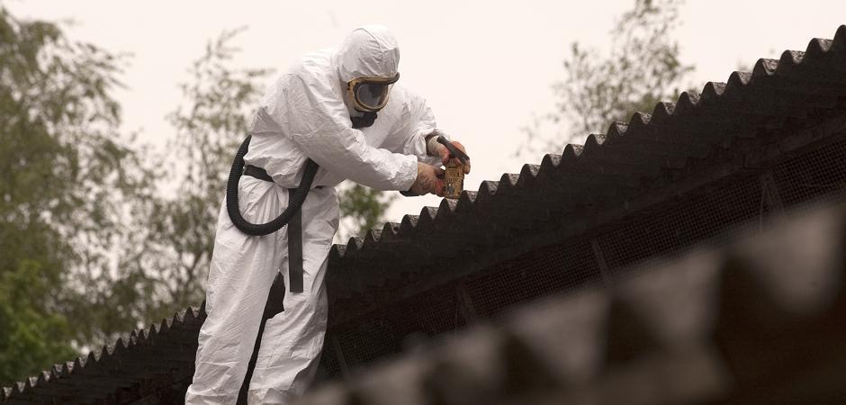 nedrivning af asbest tagplader