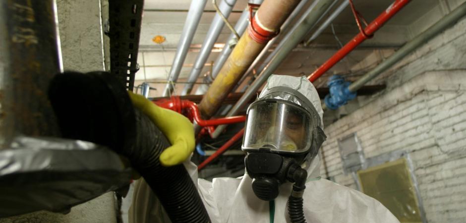 miljoesanering af asbest med fuld beskyttelse